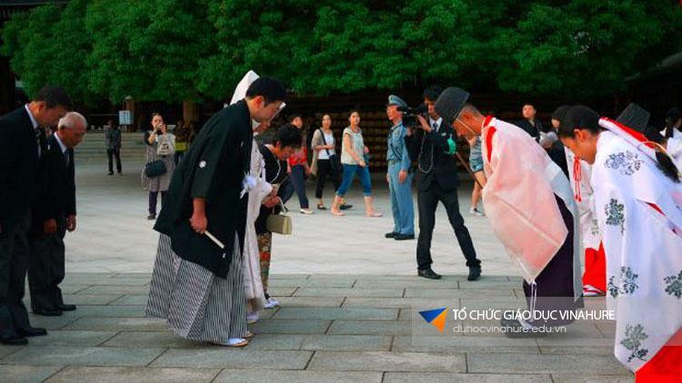 Văn hóa giao tiếp tại Nhật