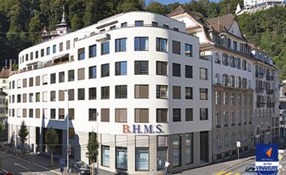 Trường quản trị kinh doanh và khách sạn BHMS