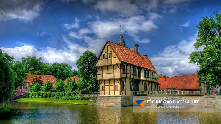 Chi phí du học Hà Lan 2017