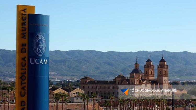 Học bổng du học Tây Ban Nha - Đại học Ucam