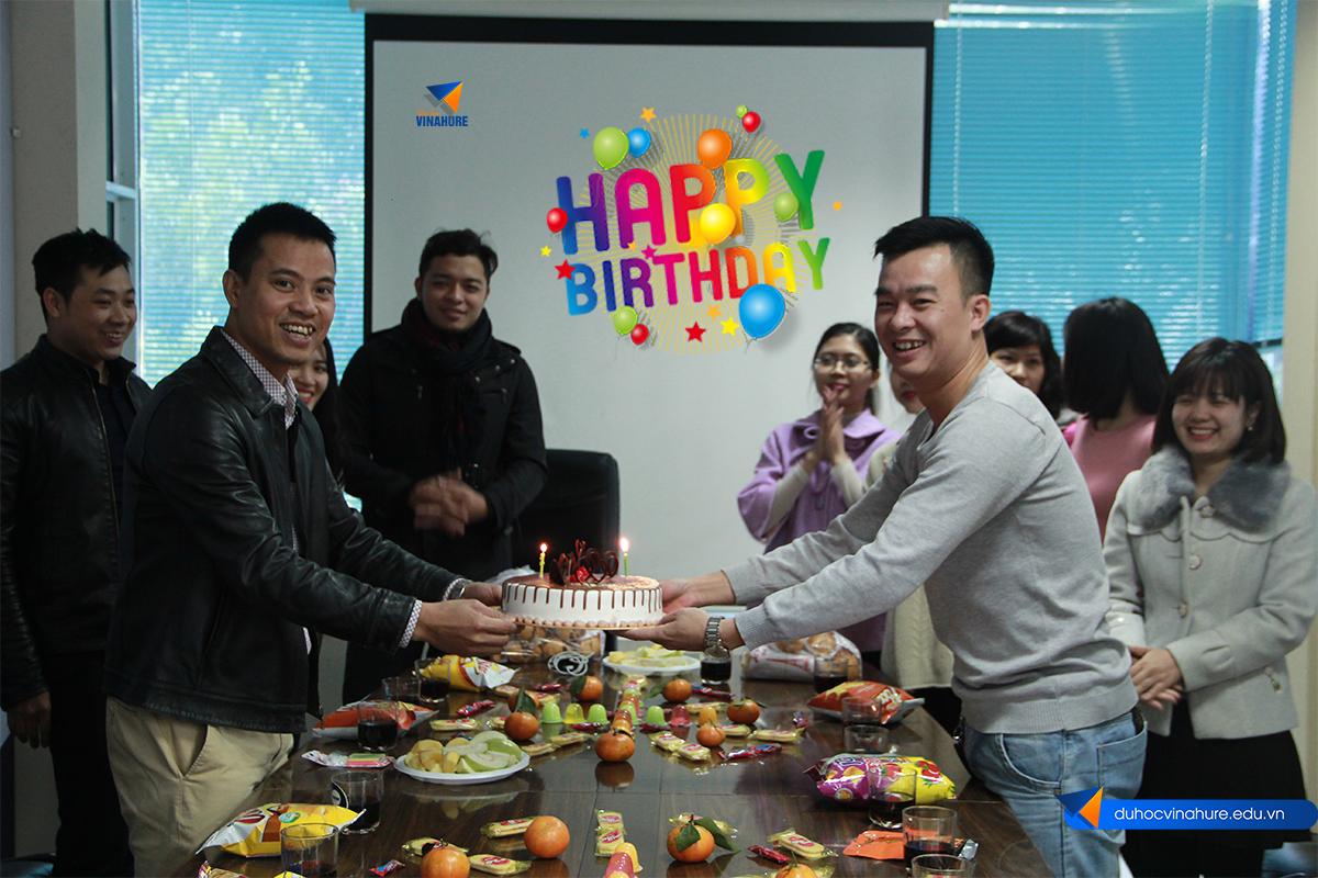 2 Nhân viên Vinahure sinh nhật trong tháng 11.